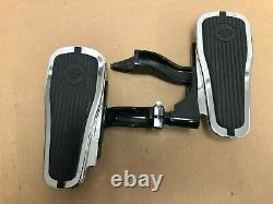 Harley-Davidson Passenger Floorboard Kit for FLSTN, FLSTSB, FLS 2007 50377-07A
