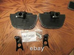 NEW OEM Harley Davidson Softail Passenger Floorboard Kit -Fits 2000 up 52715-04