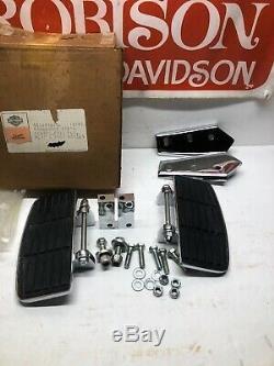 NOS HARLEY-DAVIDSON OEM FXRT, FLHT, FLT PASSENGER Floorboard Kit 50601-83