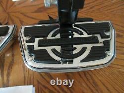 OEM Harley Davidson Softail Passenger Floorboard KIT -2000-16 Nice Takeoffs #584